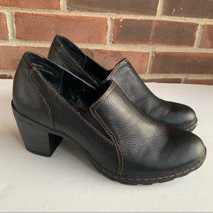 Like new Great Northwest Camellia leather shoes